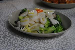 新鮮なホタテとブロッコリー