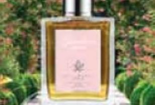 「ACCA KAPPA」からピンクロイヤルローズの女性用香水