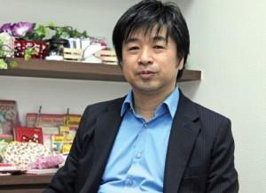 鈴木直利氏