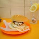 ハンバーガーショップ「時新快餐店」
