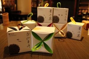 中国茶「フラッグスタッフハウス茶器美術館&K.S. Loギャラリー」