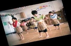 子供達のフラダンス
