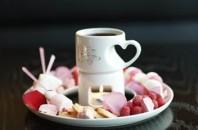 九龍Wホテル「キッチン」バレンタインビュッフェを提供