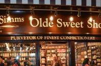 イギリスのレトロなお菓子屋「Mr Simms Olde Sweet Shoppe」セントラルに登場!