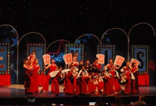 イギリスミュージカル「Showstopper」がワンチャイで限定公演