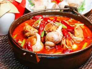 激辛の鍋料理