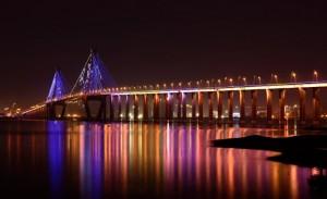 海湾大橋夜景