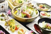 湾仔(ワンチャイ)新鮮な海の幸と季節限定メニュー「日本料理なすび」