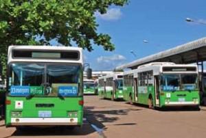 ラオス交通機関3