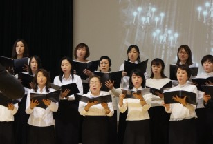荃灣大會堂で「東瀛盛夏祭」が開催!日本人倶楽部合唱団が共演