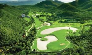 タイ・古都チェンマイとゴルフリゾート