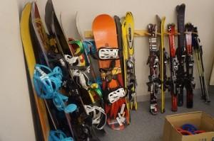 本物のスキーグッズを利用
