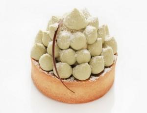 甘さの中にも苦味が広がるピスタチオケーキ