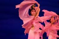 上海歌舞団による「トキがモチーフの舞台劇」広州市