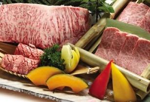 尖東(チムトン)和牛焼肉「純」個性豊かなスタッフを紹介!