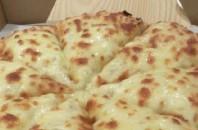 NEI HOU厨房、名物ドリアンピザの人気店「火云萨」広州市茘湾区