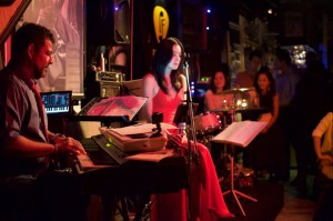 Peel Fresco Live Music Barのステージ