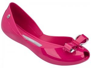 メリッサのピンクの靴