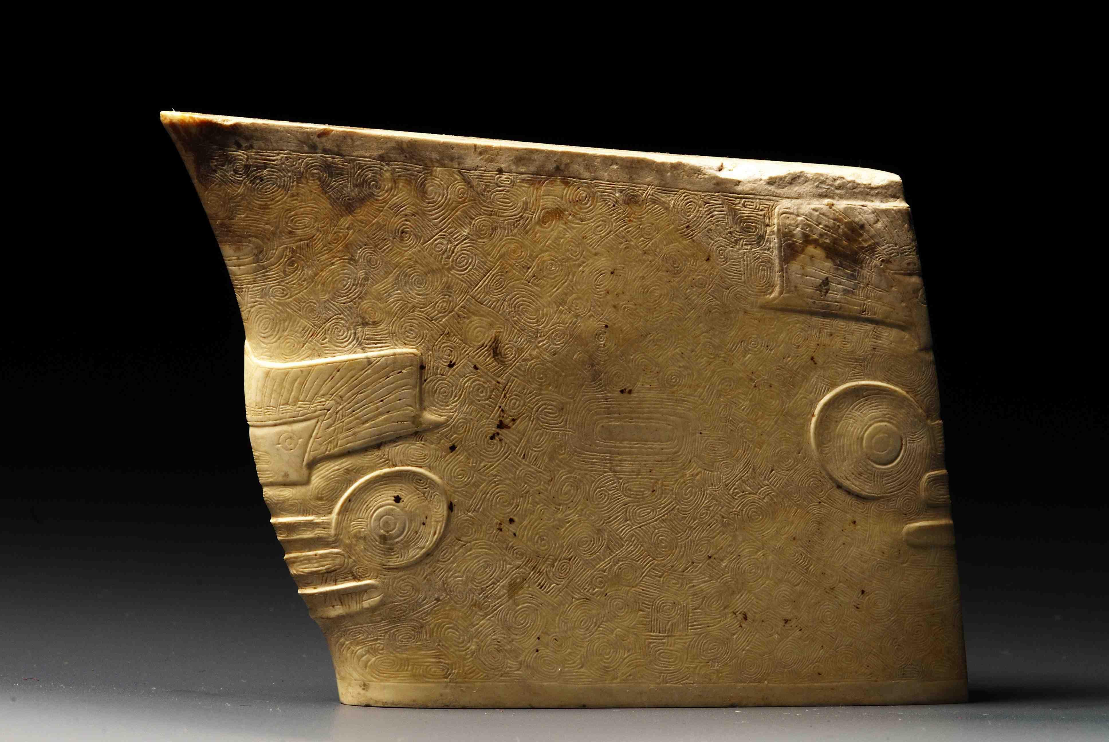 良渚文化の工芸品