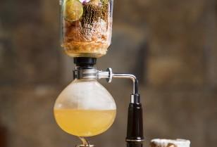 高級創作日本食レストラン「ZUMA」夏の新酒祭り