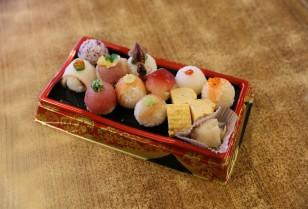 中環 ケンコーラーメンに20食限定の「手まり寿司」が登場