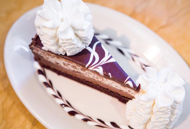 Chocolate Tuxedo Cream Cheesecake2