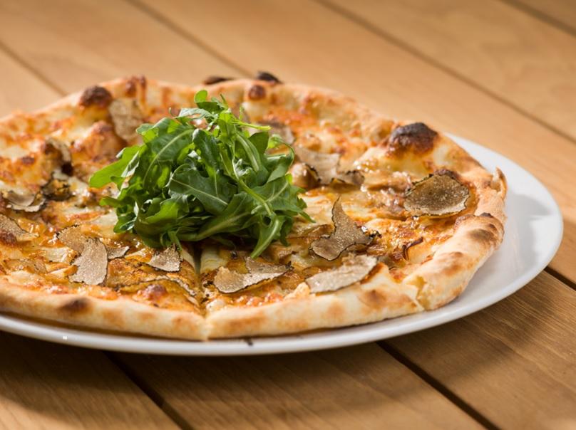 Pizza Porcini E Tartufo