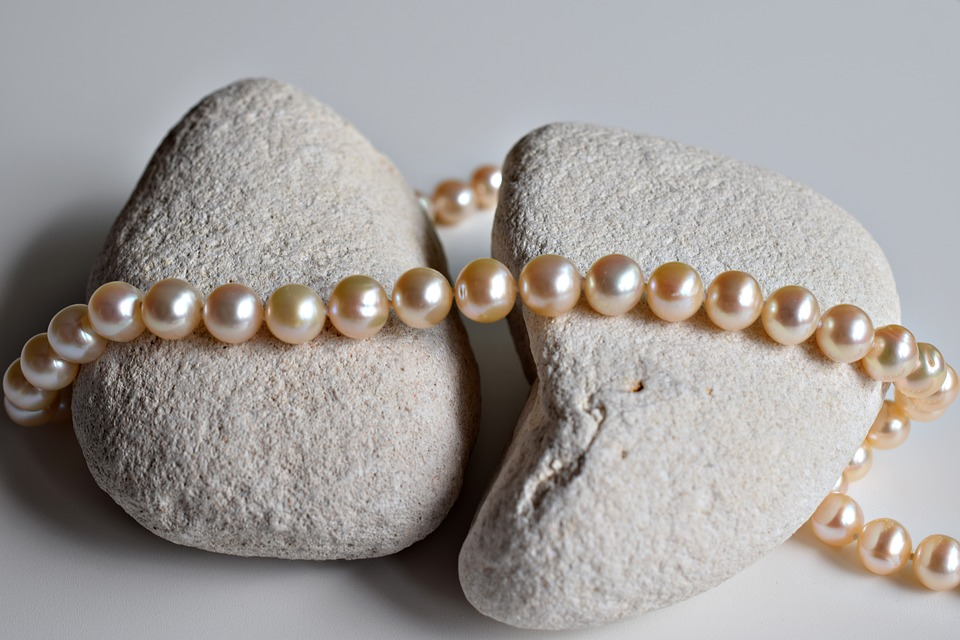 jewelry-2314915_960_720