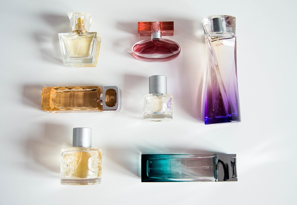 perfume-bottle-932146_960_720