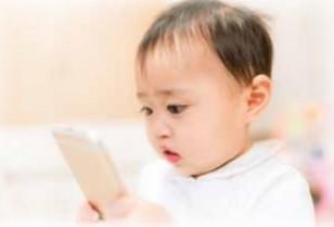 スマートフォンを子供に与えるべきでない5つの理由