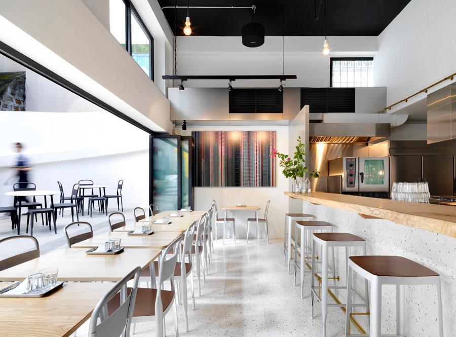 Café Deadend 2