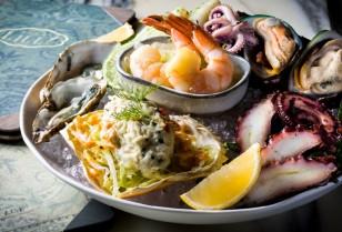 中環にロマンティックなカクテルバー&レストラン「DEAR LILLY」オープン!