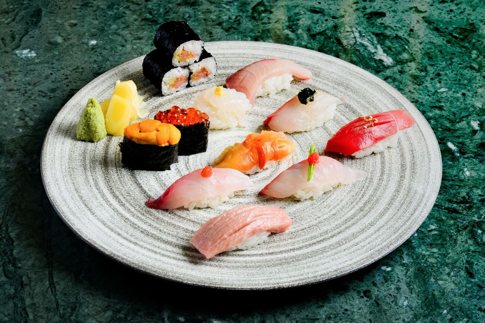 (S) Executive Assorted Sushi Platter_preview