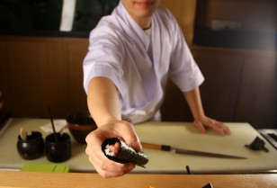 卓前握りで1つ上のサービス「誠寿司」広州