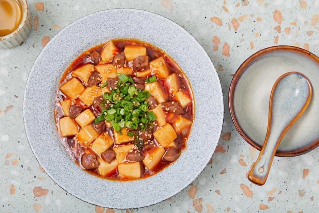 リッチな味わいの「Black Angus Ma Po Tofu」