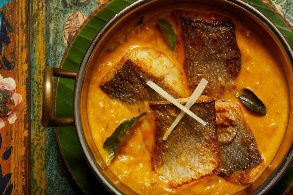 ショウガが隠し味のシーバスのイエローカレー「Kerala Fish Curry with Rice」