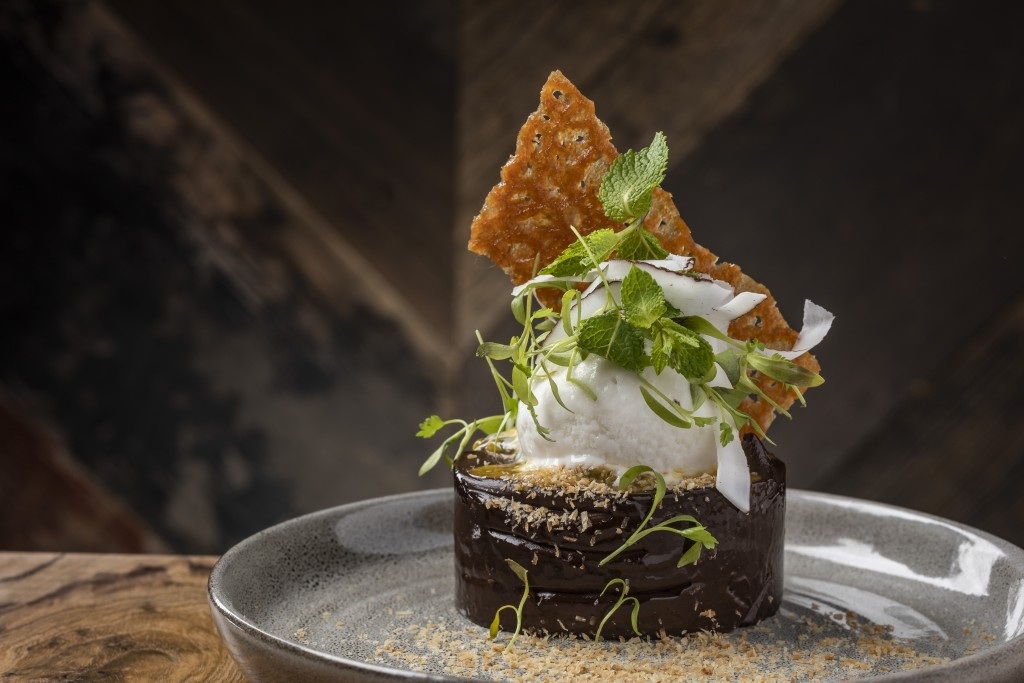 リッチサと爽やかさが絶妙の「Coconut & Dark Chocolate Cremaux」