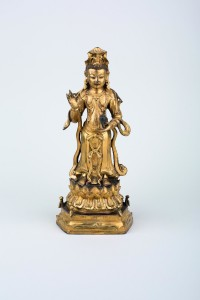 9 Chinese gilt bronze figure of guanyin Avalokiteśvara