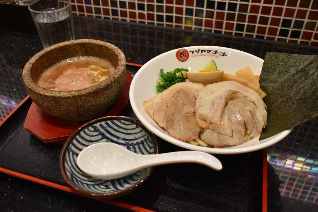 白湯豚骨魚介つけ麺(49元)