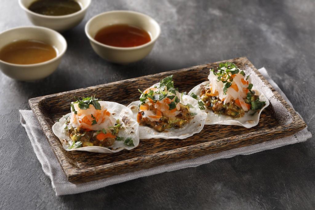 ベトナムとメキシコ料理が融合した「Bánh Mì Rice Tacos」
