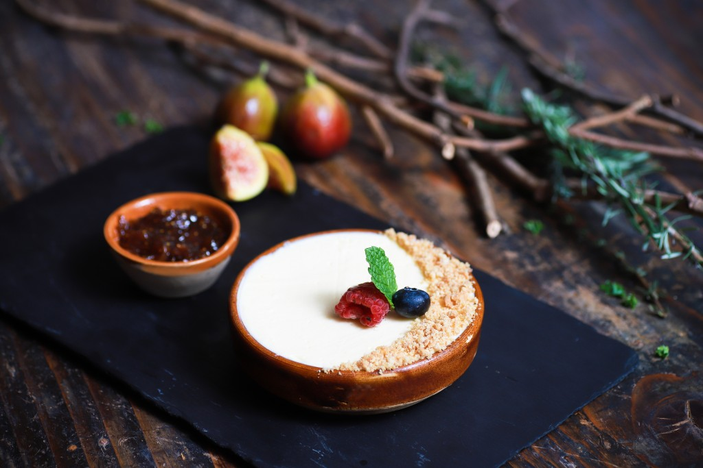 大人な甘さの「Cheesecake, Crumble and Fig Preserve」