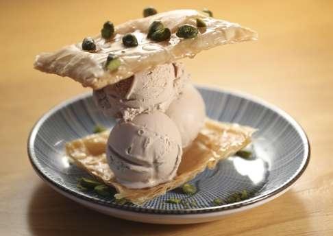 苦味と甘さのバランスが良い「Baklava Sandwich」