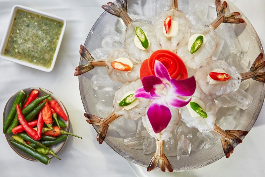 ピリ辛ソースをたっぷり食べたい「Thai-style Shrimp Sashimi」