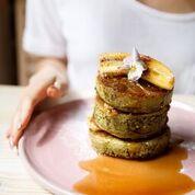 アボカドバターでいただく 「matcha pancakes 」