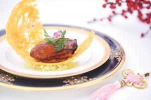 おいしさがぎゅっと詰まった 「Oyster Filled with Shrimp Paste」