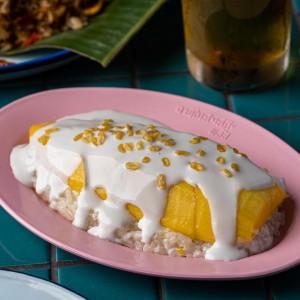 タイの定番デザート「Mango Sticky Rice」