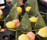 コシヒカリ使用の手毬鮨は笹の香りと共に