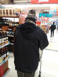 最後に2人で一緒に出かけた のは、お散歩がてらの近所のスーパー。 一緒に市場やスーパーへ行くのは2人のお楽しみの一つだった。
