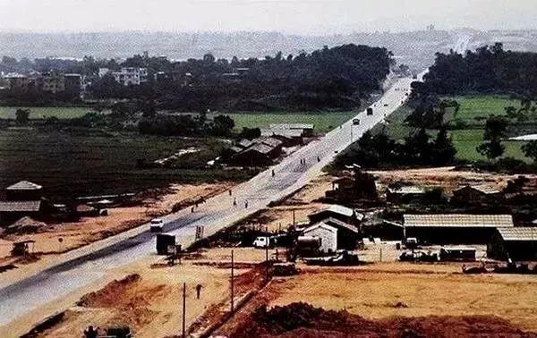 1980年深南大道