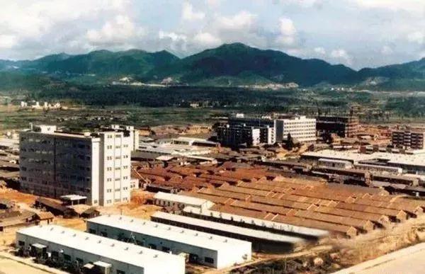 1983年华强北。